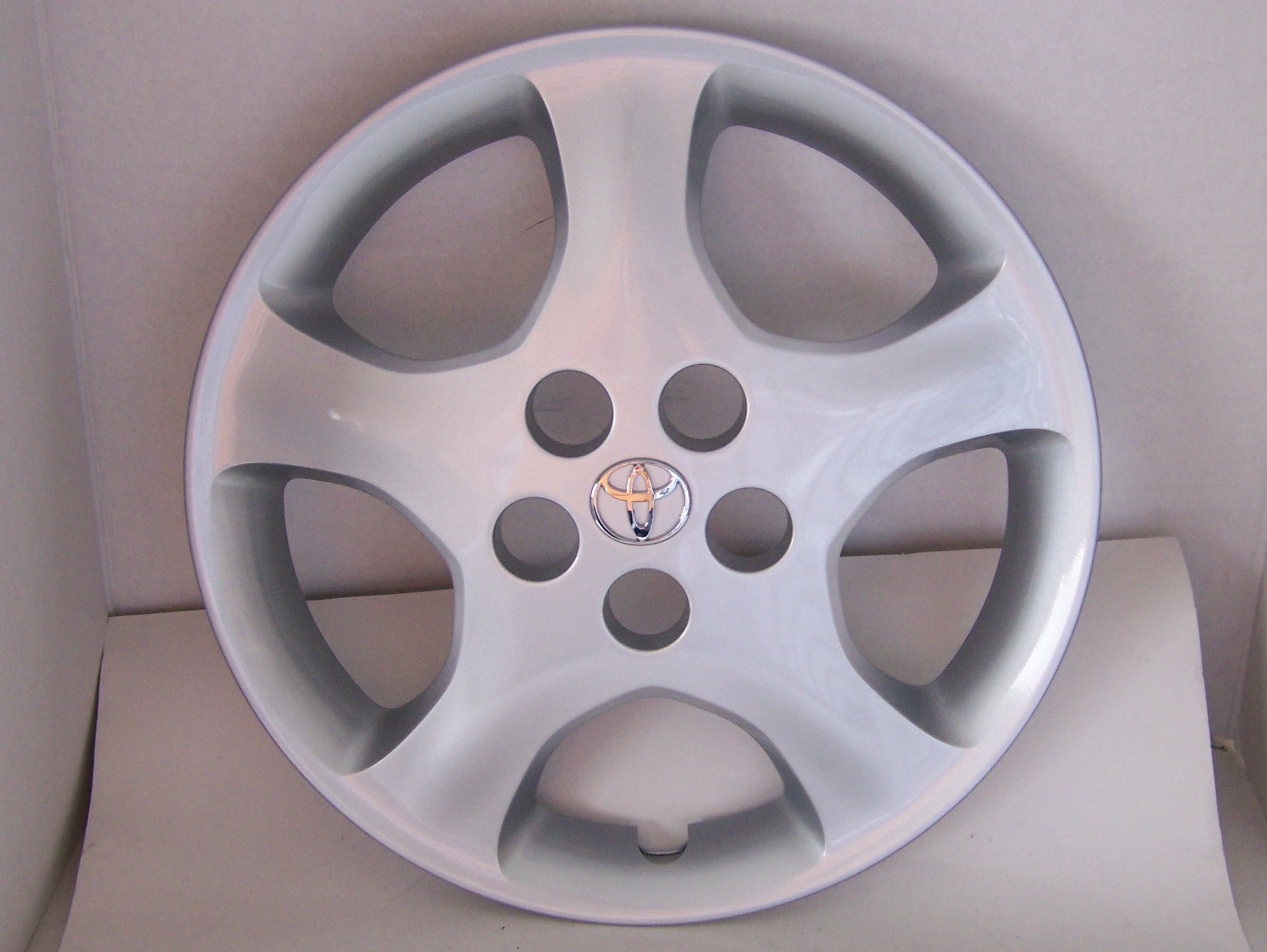 "Toyota Corolla 05-08 15"" New Hubcap 61134 P/N 42621-AB100"