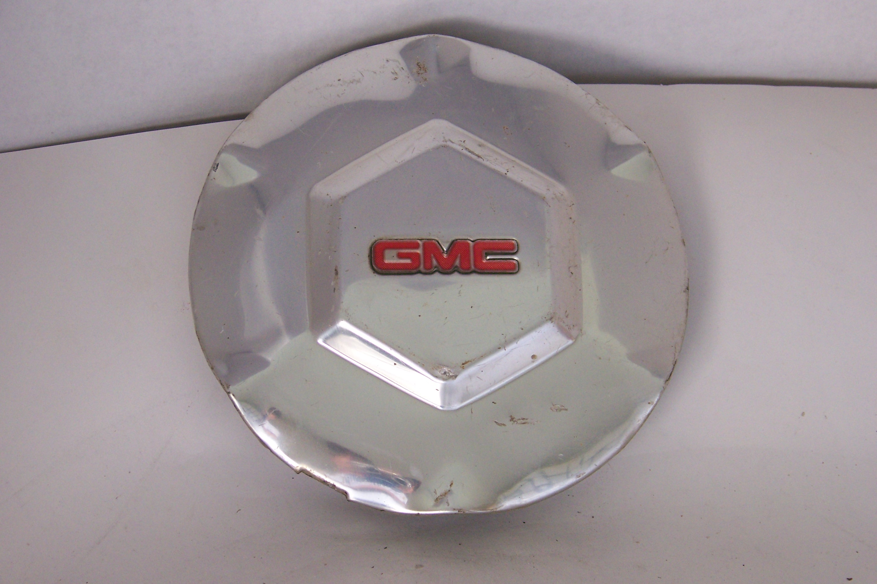 "Gmc Envoy 02-07 17"" Wheel Polished Center Cap 5143 P/N 9593396"