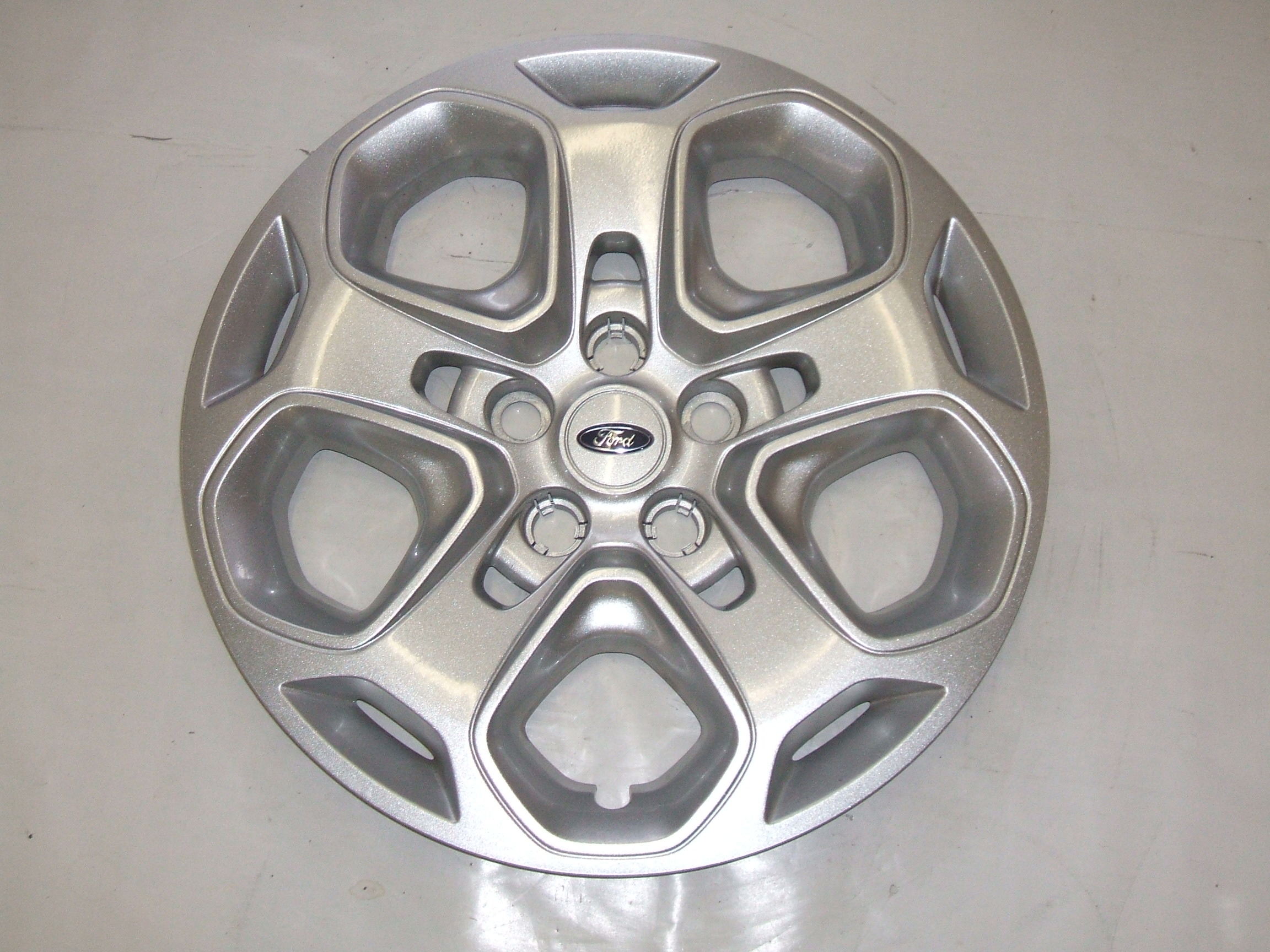 "Ford Fusion 10-12 17"" Hubcap 7052 P/N AE5C-1130-AD"
