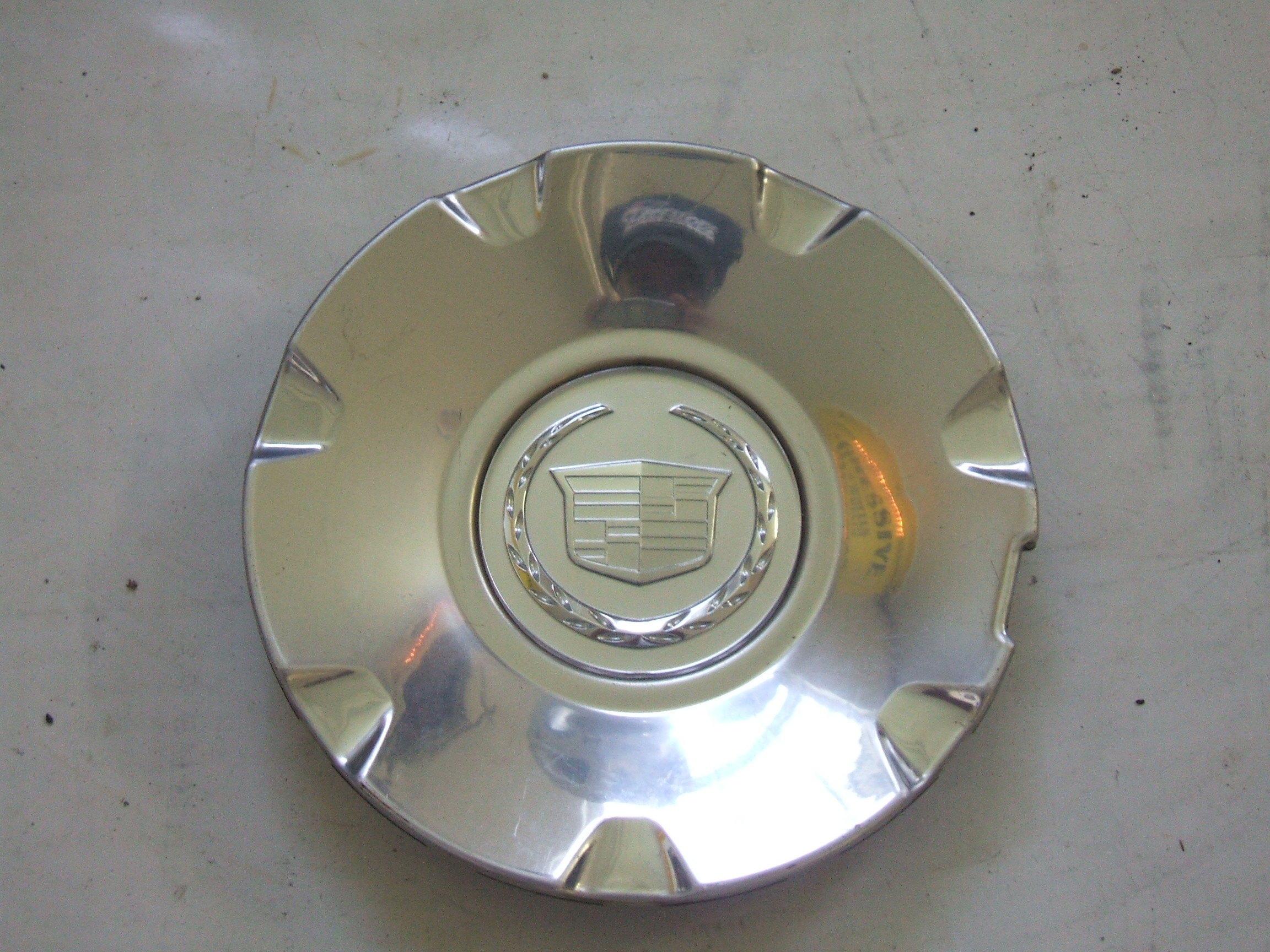 "Cadillac CTS STS 04-11 17"" Wheel Center Cap 4610 P/N 9595437"