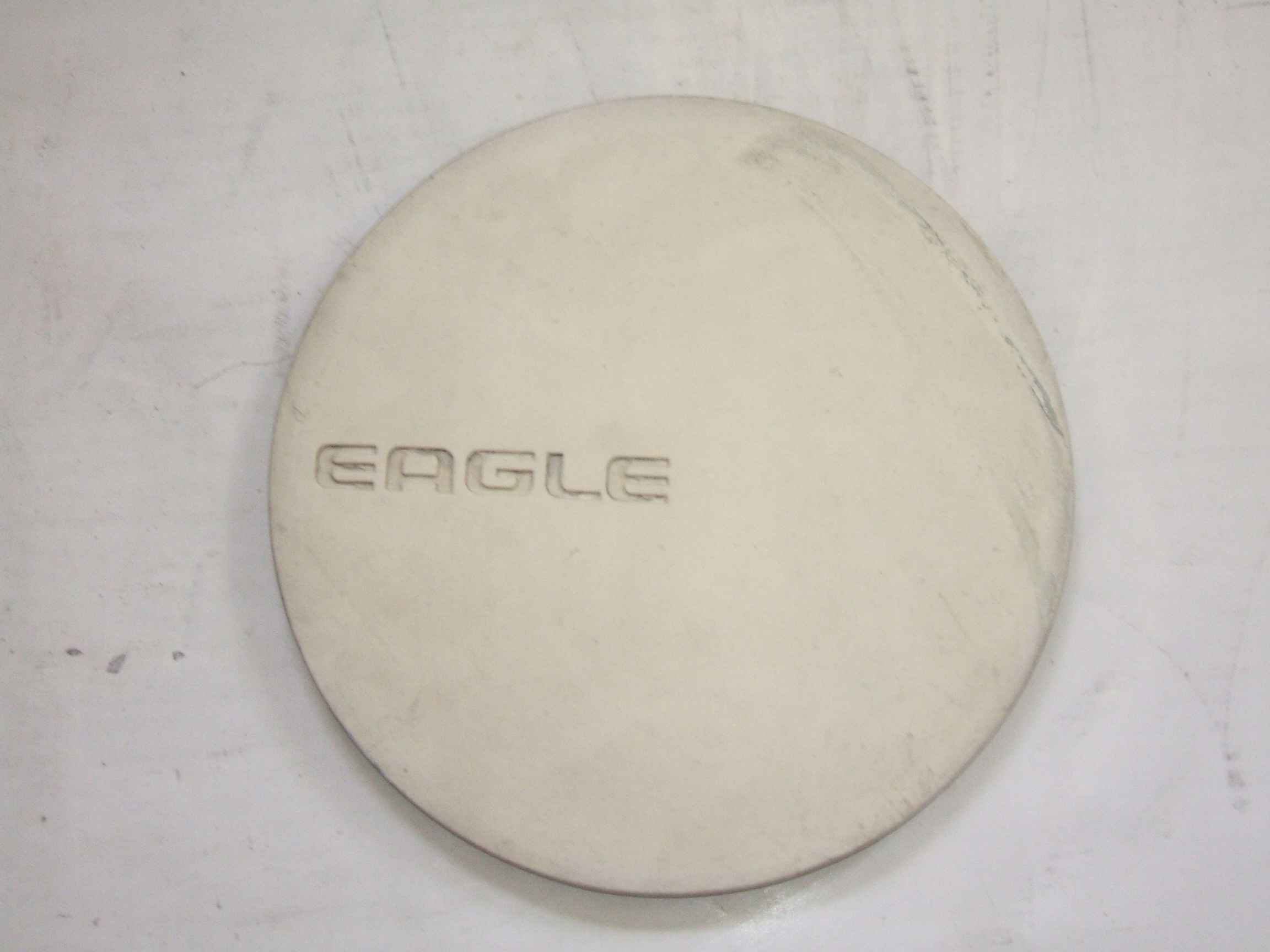 Eagle Premier 89-92 White Center Cap 1684 P/N 4472227