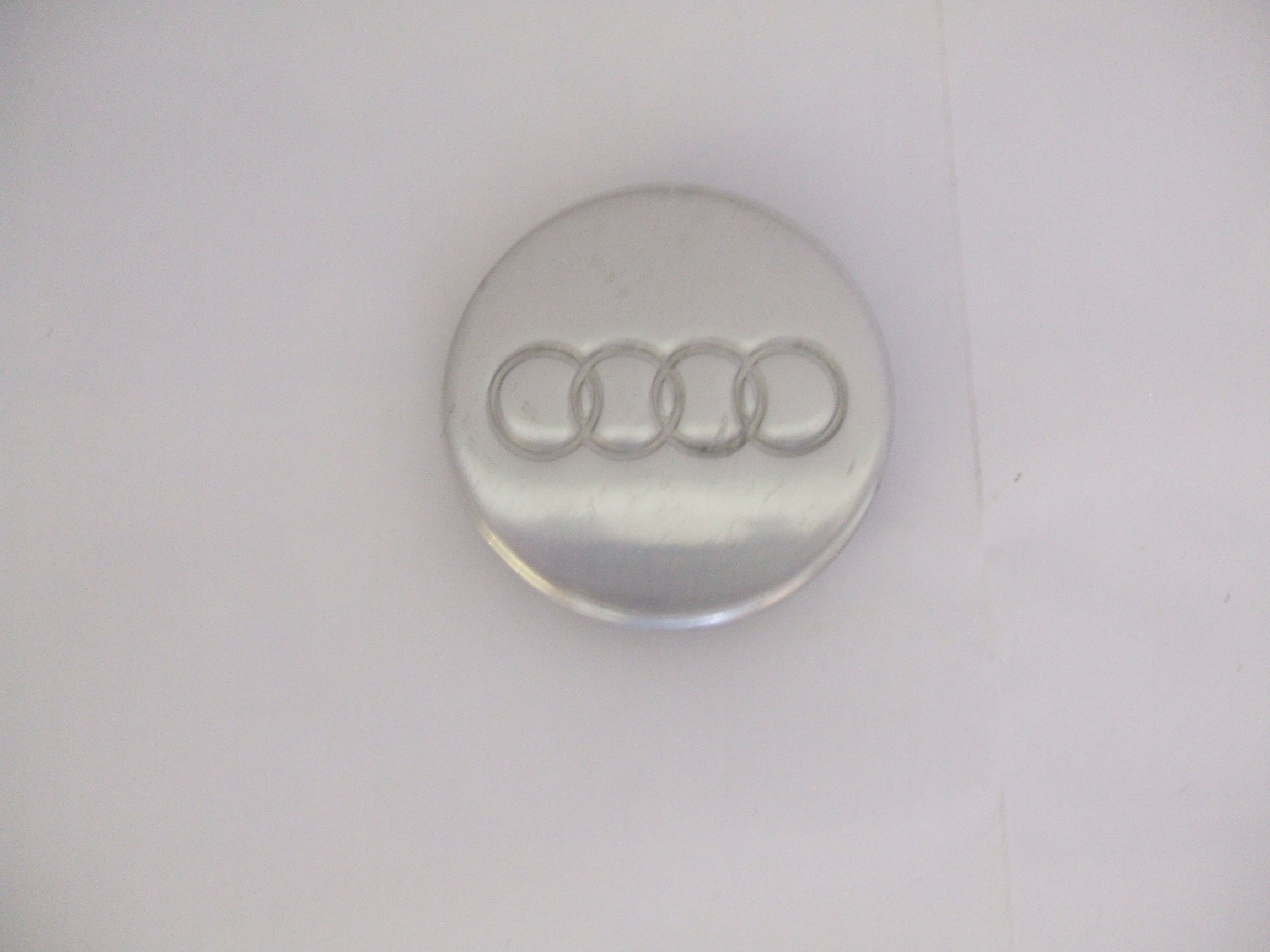 Audi A8 TT 97-03 Polished Center Cap 58712 P/N 400601170A
