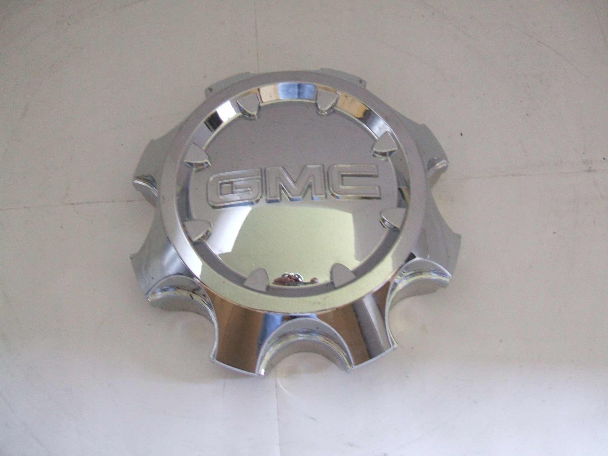 Gmc Sierra 2500 3500 15-16 Chrome Center Cap 5703 P/N 9597794