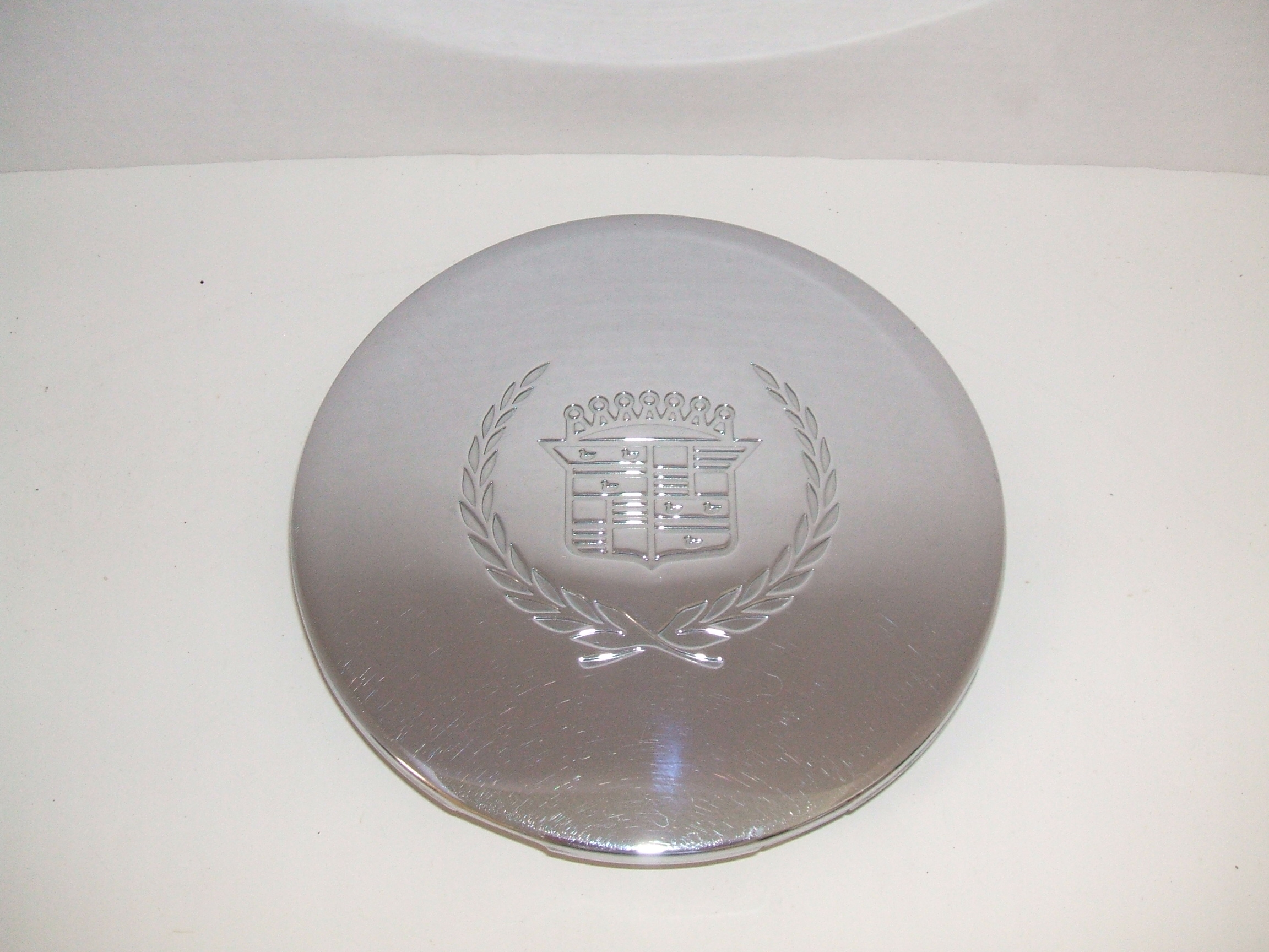 Cadillac Deville 93-99 Chrome Center Cap 4511 P/N 03543663
