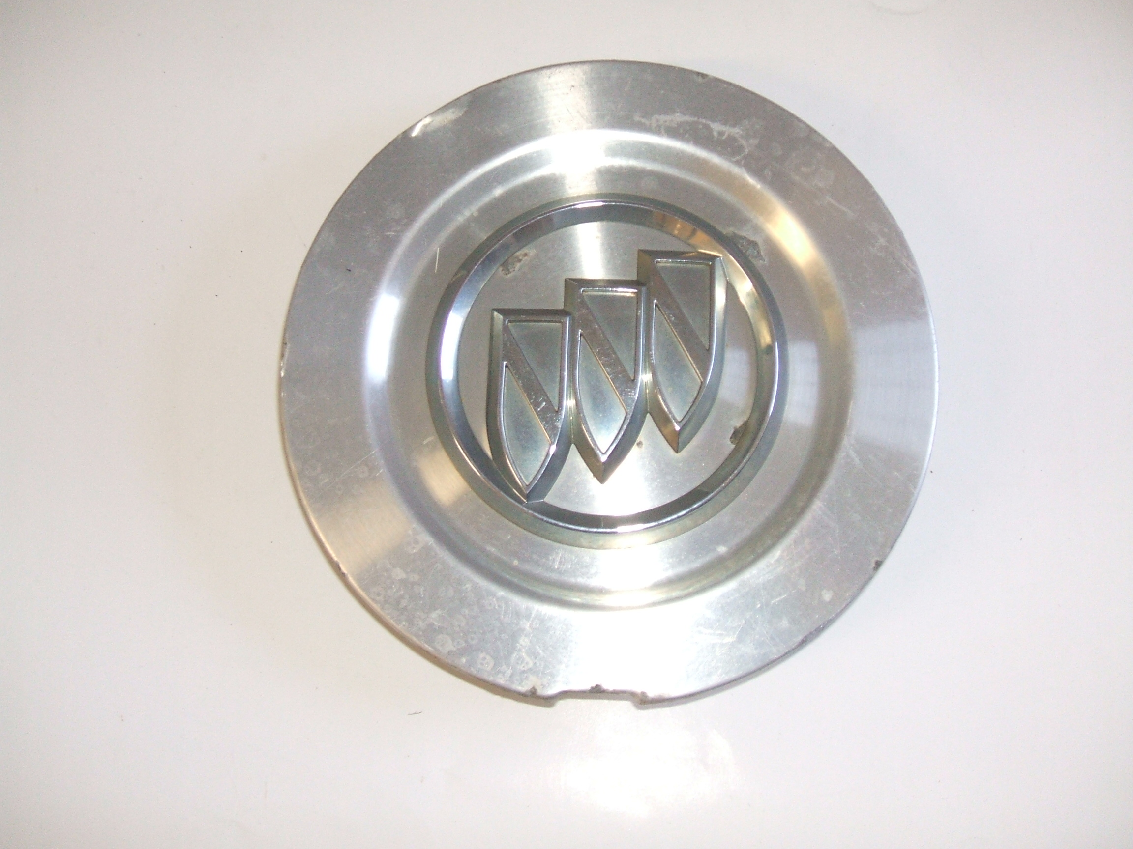 buick rainier    wheel center cap  pn