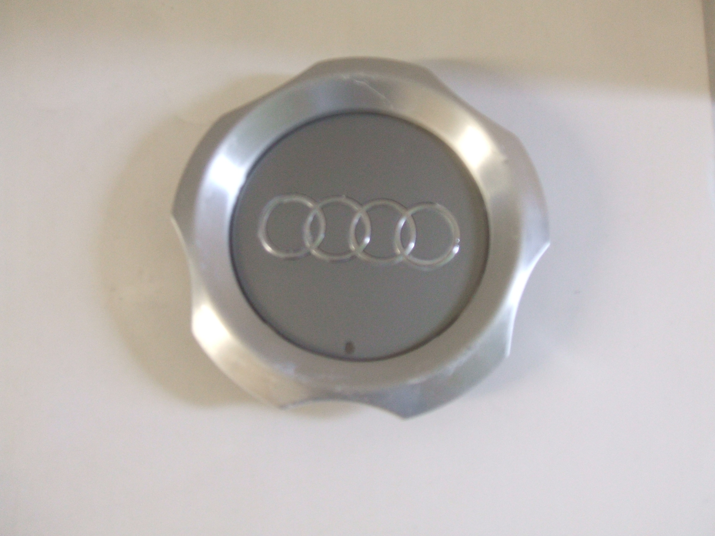 Audi Allroad 03-05 Center Cap 58765 P/N 4Z7601165A