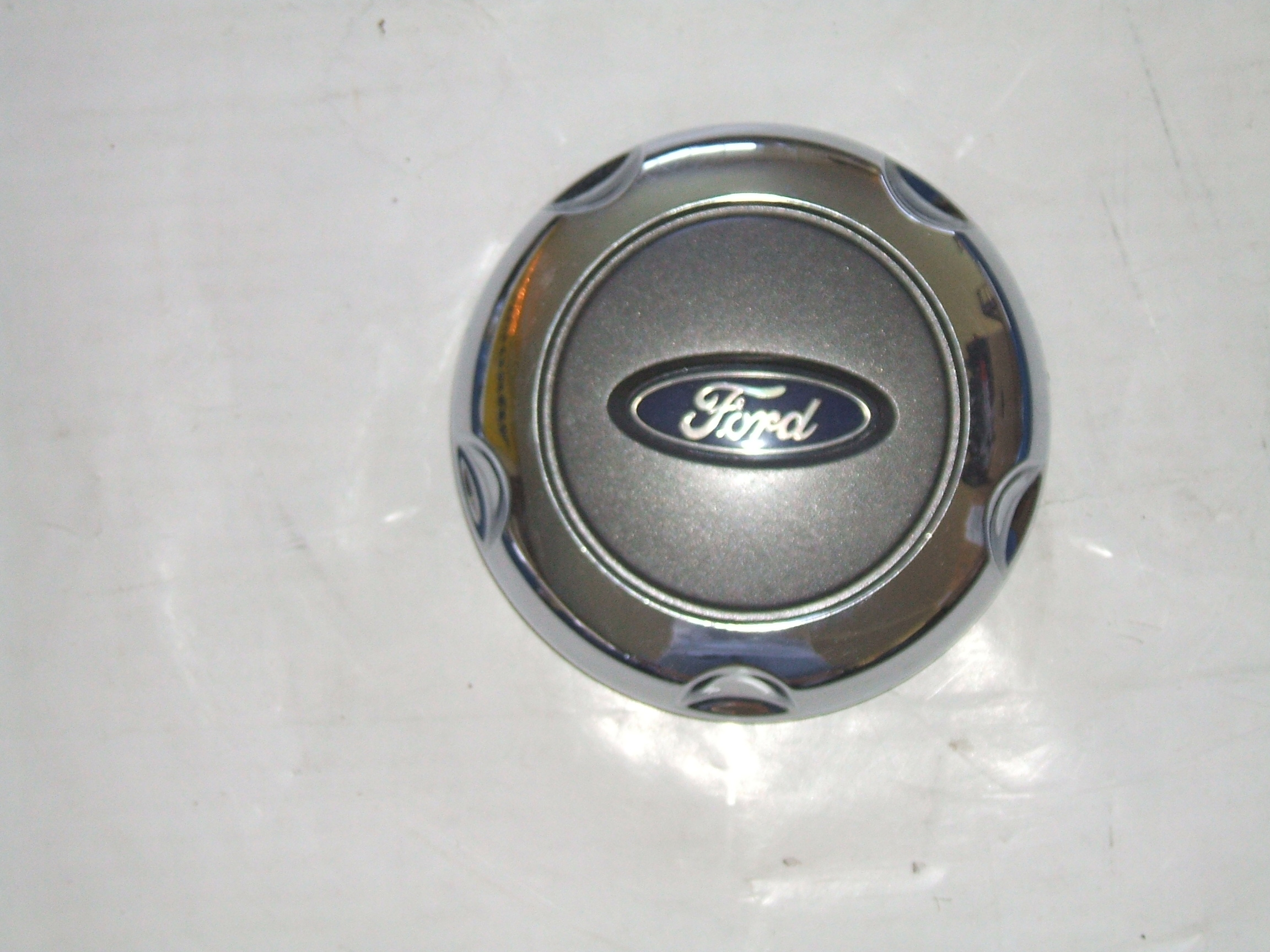 "Ford Explorer 02-05 16"" Wheel Dark Center Cap 3450DC P/N 1L241A096HA"