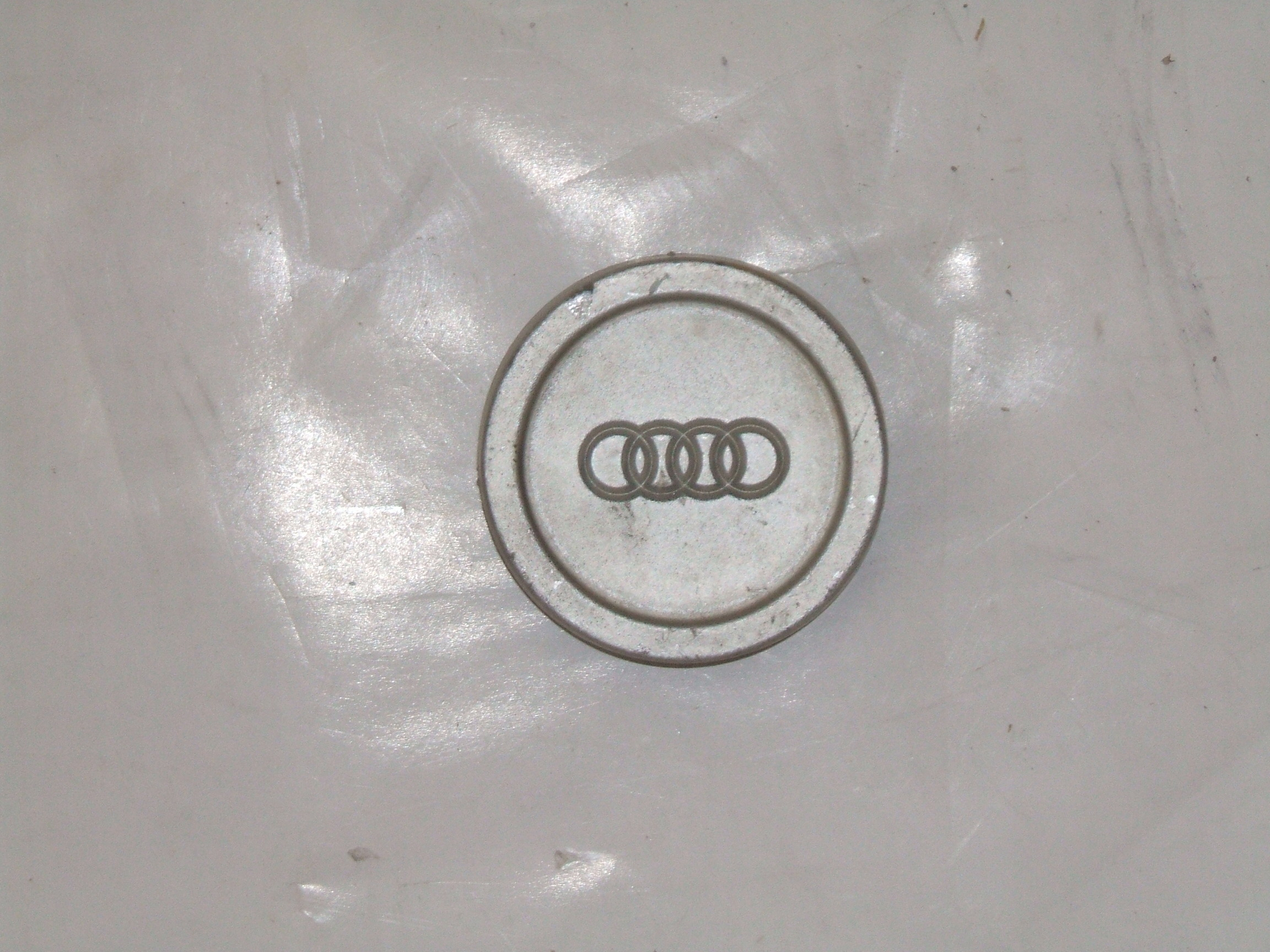 "Audi 5000 Quattro 84-87 15"" Wheel Center Cap 58640 P/N HBZ811601165"
