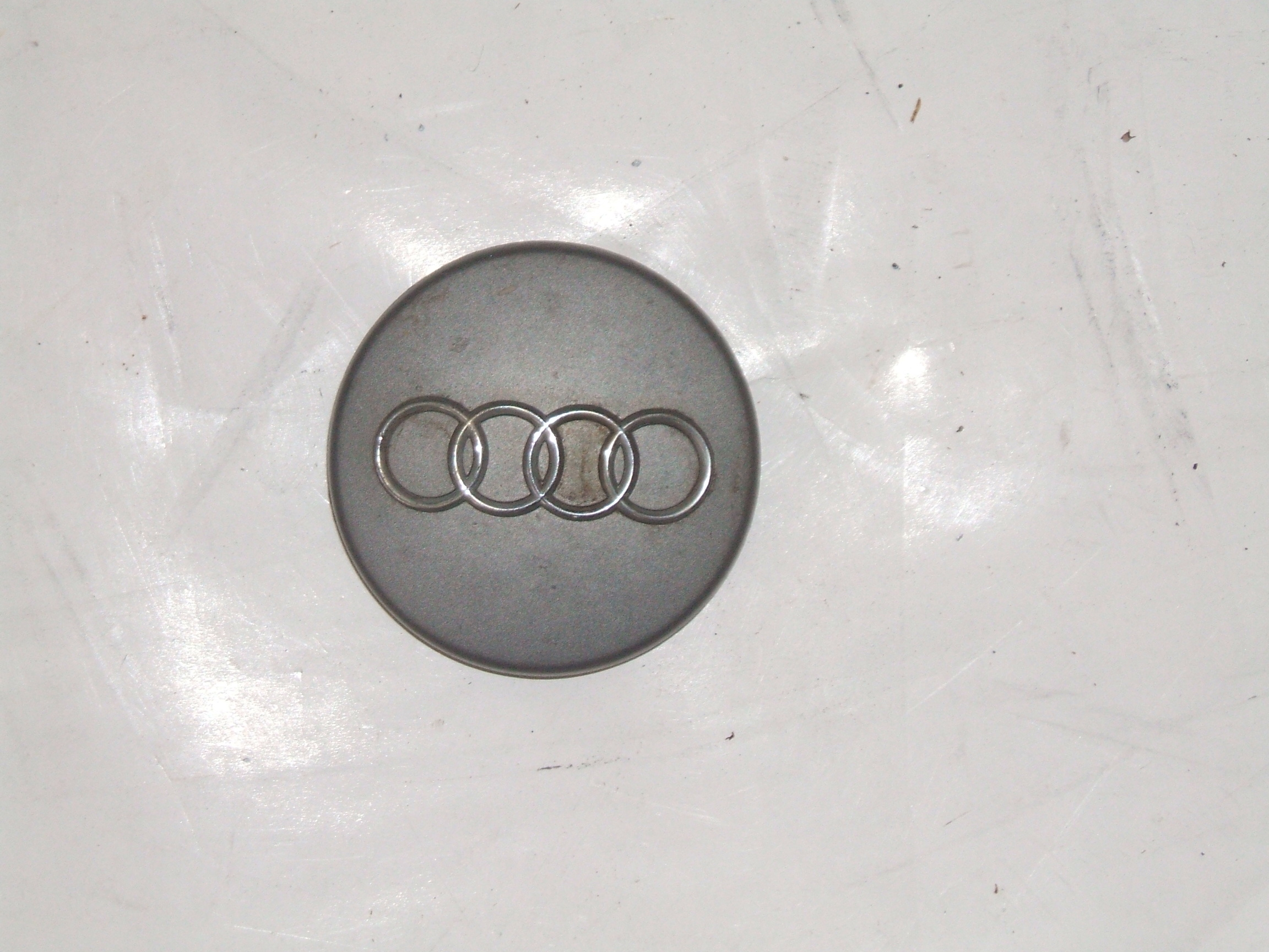 "Audi A4 A6 96-04 16"" Wheel Center Cap 58707 P/N 4B0601170"
