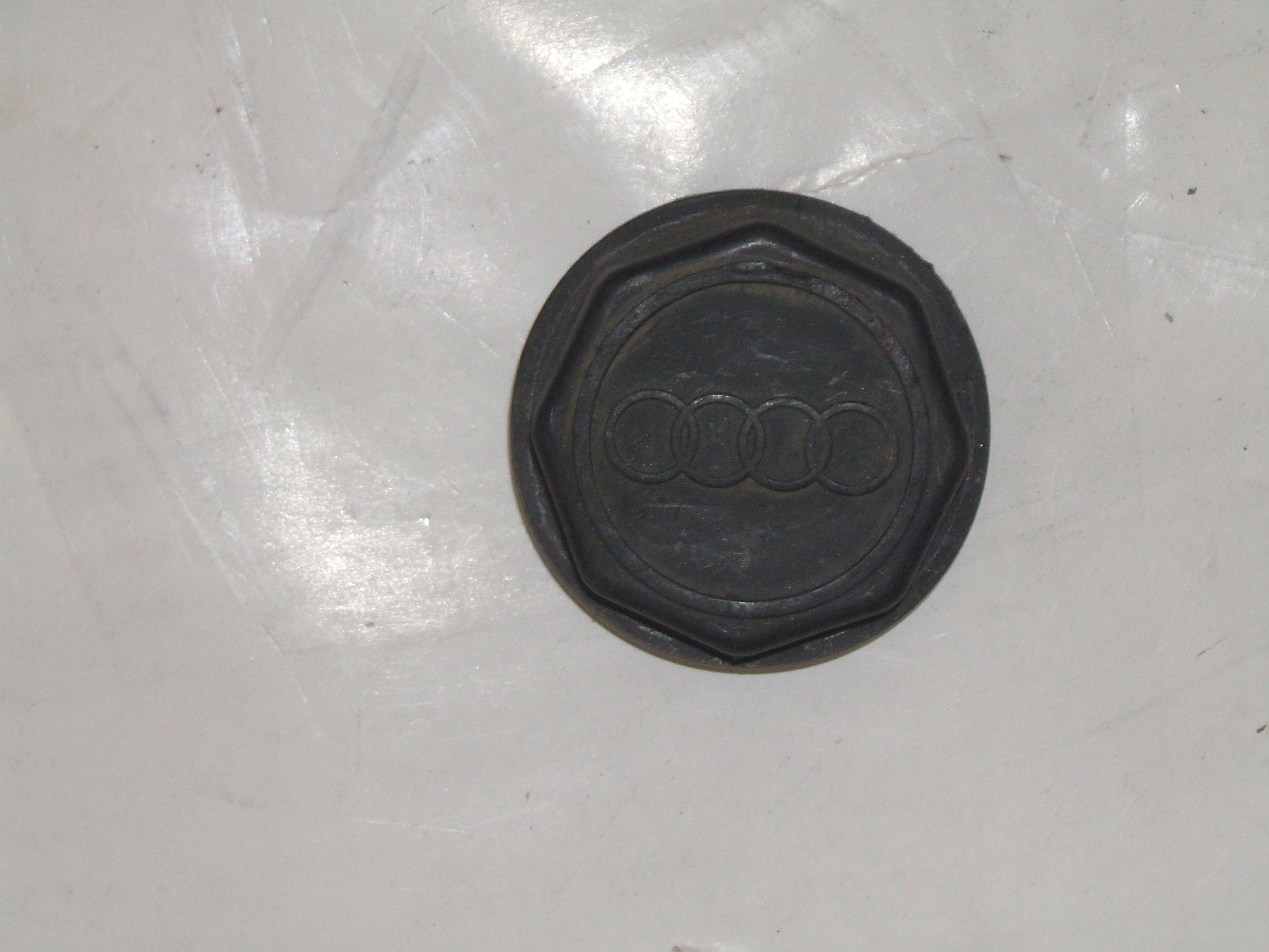 "Audi 200 5000 Quattro 83-91 14"" 15"" Wheel Center Cap 58635 P/N 841601165"