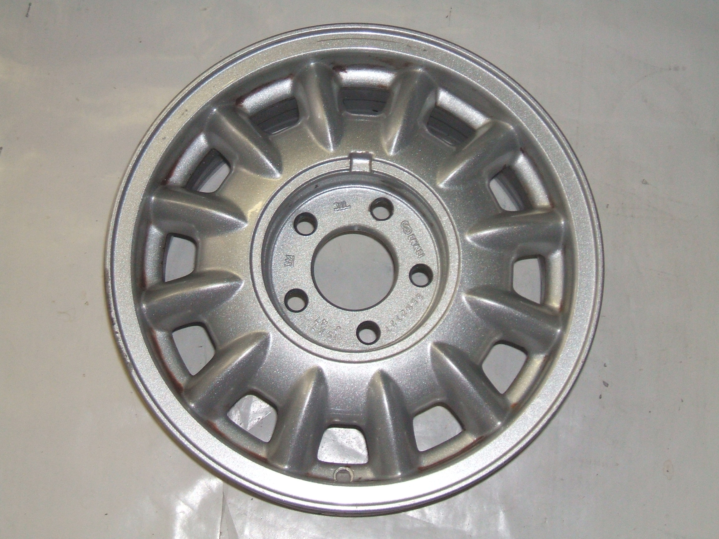 "Oldsmobile 88 98 96-99 15"" Aluminum Wheel 6022 P/N 9592727"