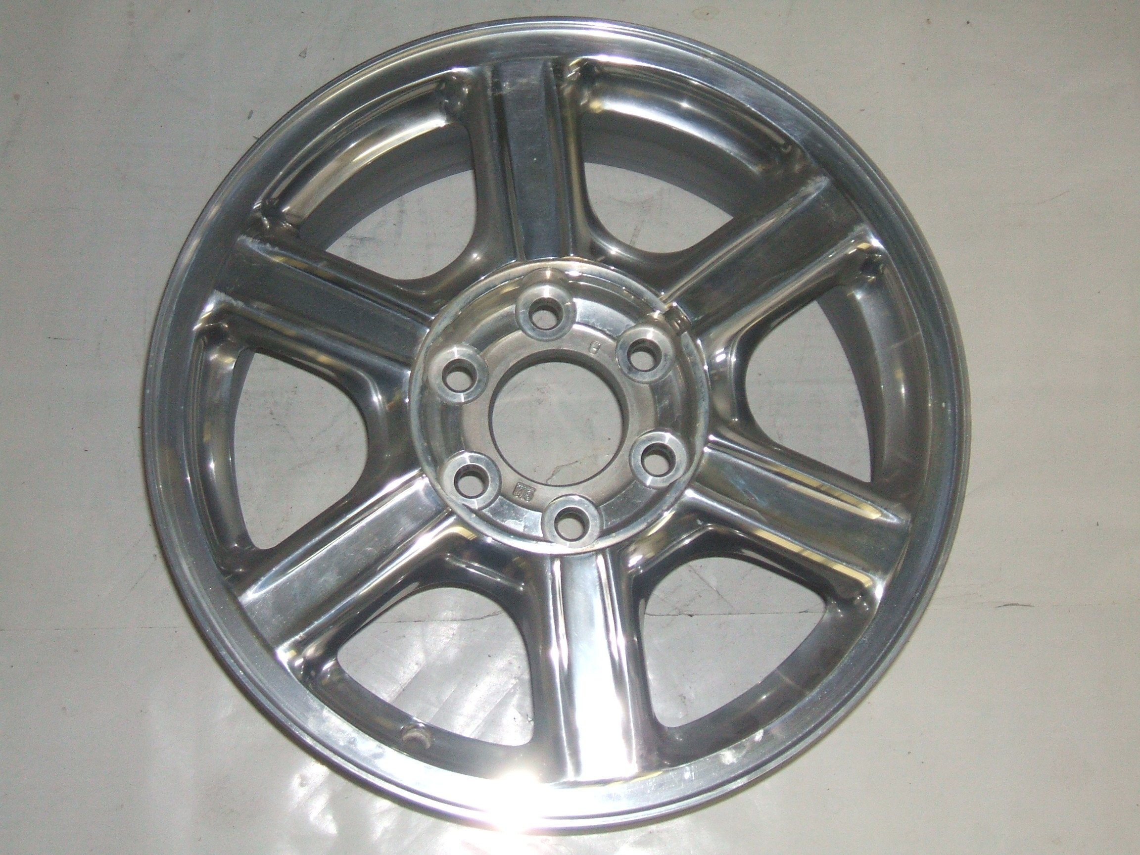 "Oldsmobile Bravada 02-04 17"" Polished Wheel 6052 P/N 9594014"